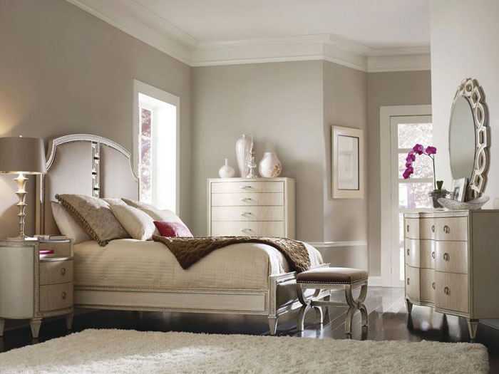 Examples Of Benches Used In Bedroom Design