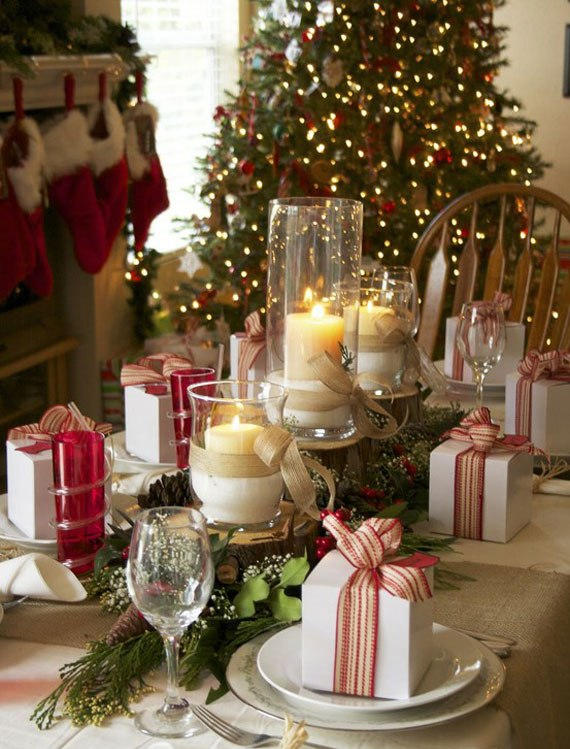 Decorating The Tree And House For Christmas With Beautiful Decorations 5