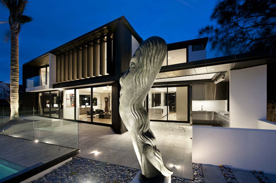 Cls24 Modern Black And White Dream Home Lucerne House By Daniel Marshall Architects