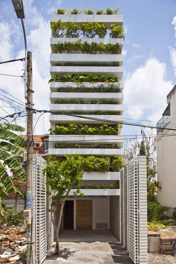 Ha house 1 sustainable architecture by Vo Trong Nghia