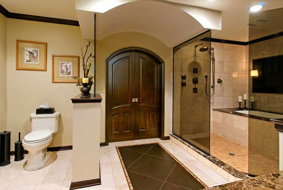 Luxurious Master Bathroom Design Ideas That You Will Love 19