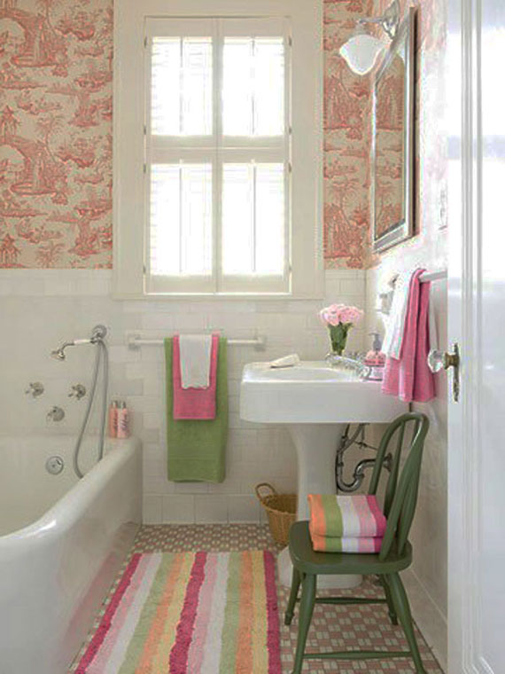 c24 how to make a small bathroom look bigger tips and ideas - Small Apartment Bathroom Decorating Ideas