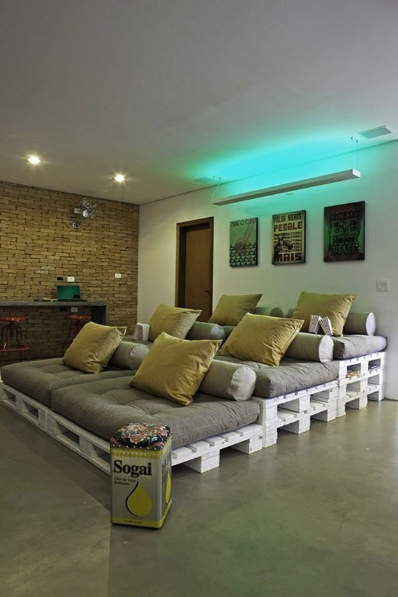 t11 A Showcase Of Really Cool Theater Room Designs