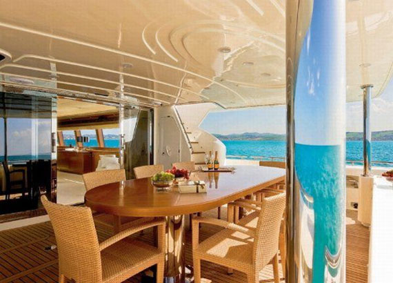 Glamorous Yachts Interior Design Examples That Will Amaze You 35