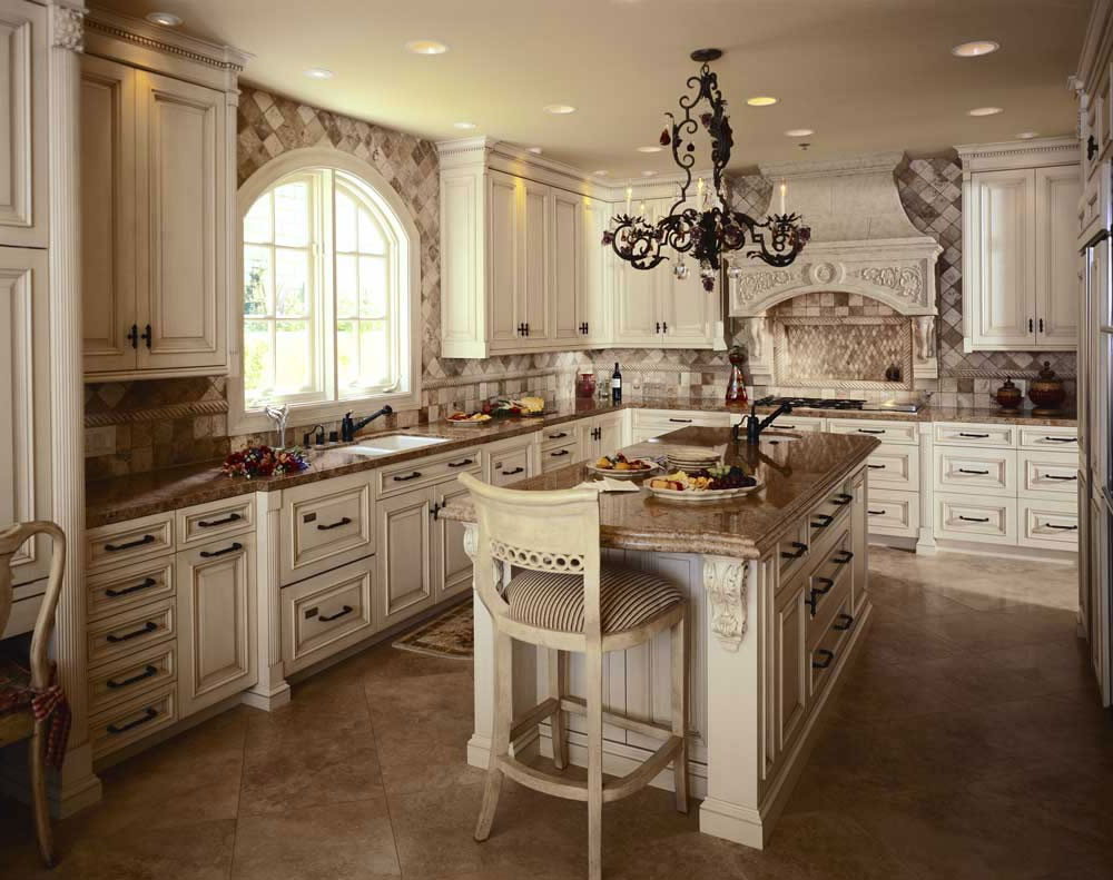 Example of a trendy kitchen design - White Kitchen Design Ideas To Inspire You 2 White