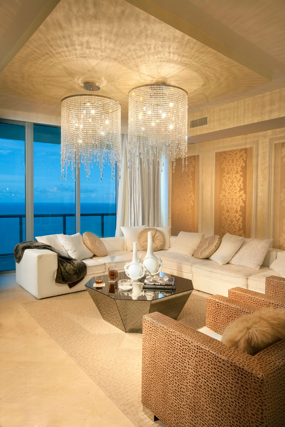 Beautiful chandelier designs 68 modern examples a collection of really beautiful chandelier designs1 beautiful chandelier designs arubaitofo Gallery