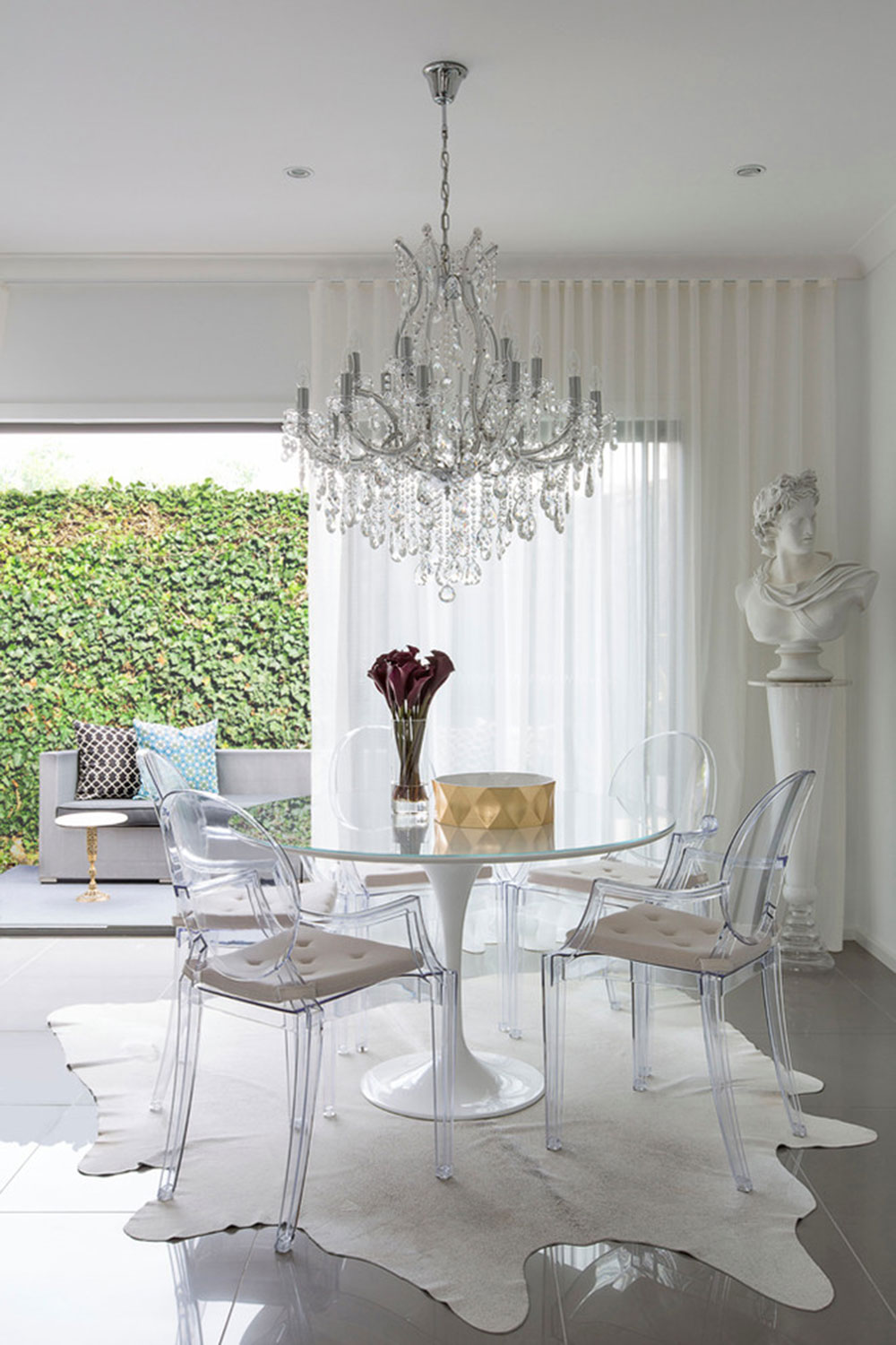 Beautiful chandelier designs 68 modern examples a collection of really beautiful chandelier designs4 beautiful chandelier designs arubaitofo Gallery