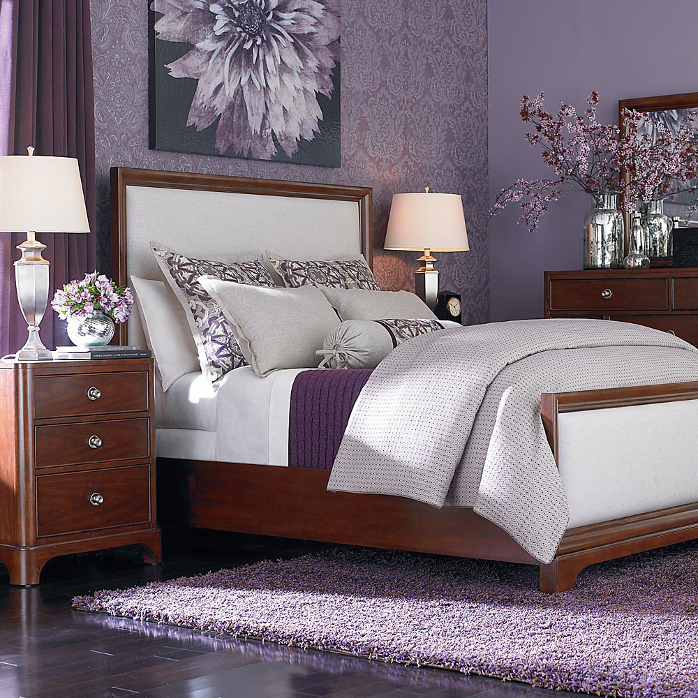 Bedroom design purple and grey - The Usage Of Purple In Interior Design 1