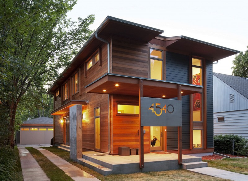 Compact Urban Green Home By SALA Architects