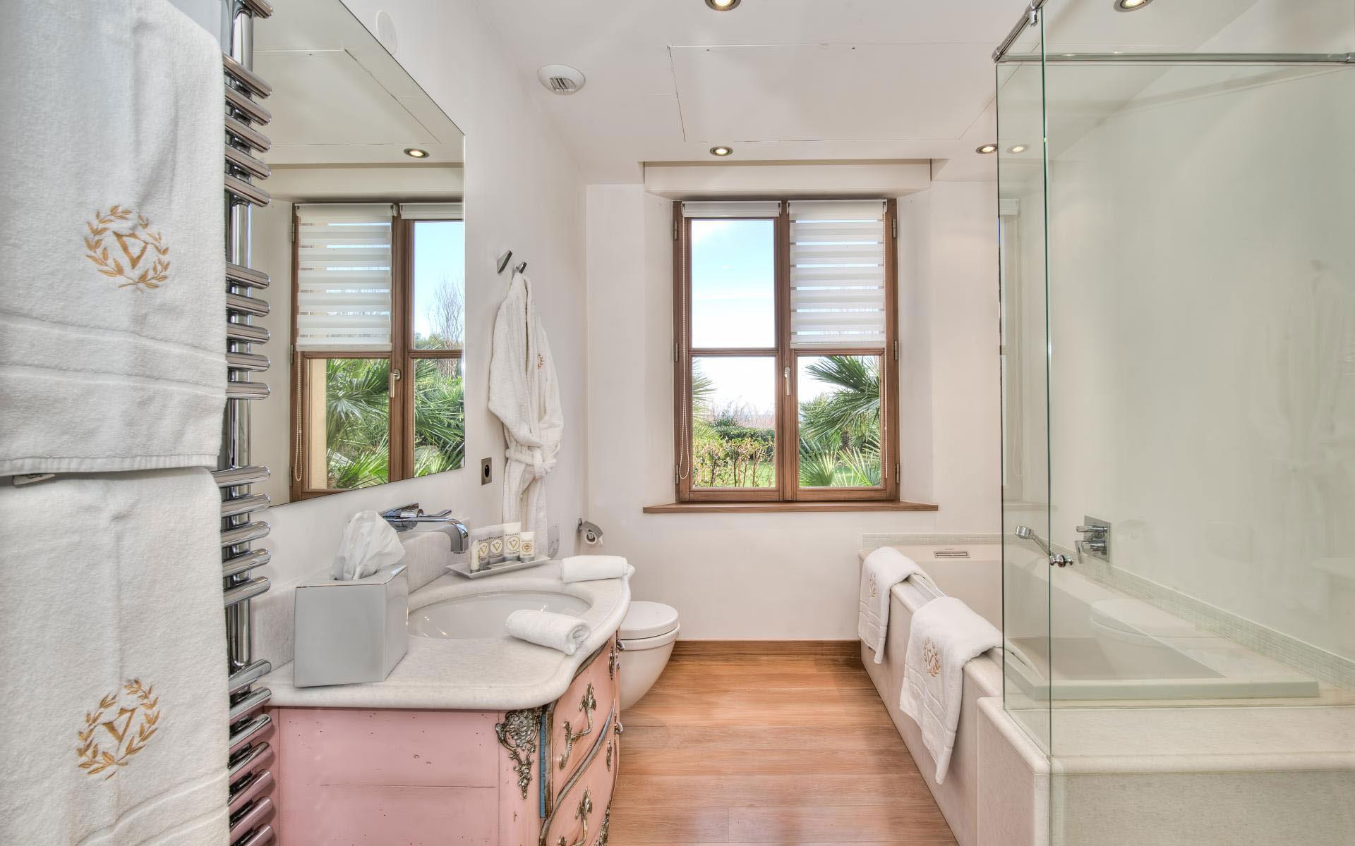 Gorgeous Bathrooms Gorgeous Bathroom Interior Designs For Home
