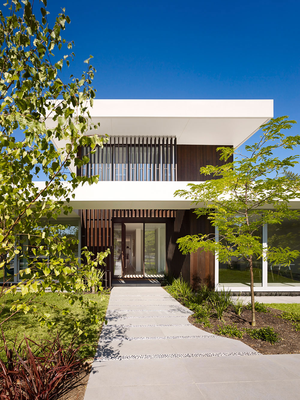 Modern House That Is Beautiful Both On The Outside And The Inside