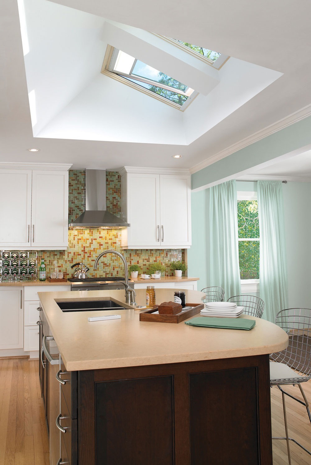 Kitchens With Skylights For More Natural Light (11)