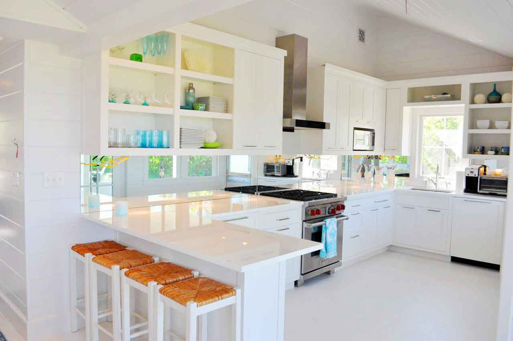 Lovely Kitchen Interiors With White Cabinets (12)
