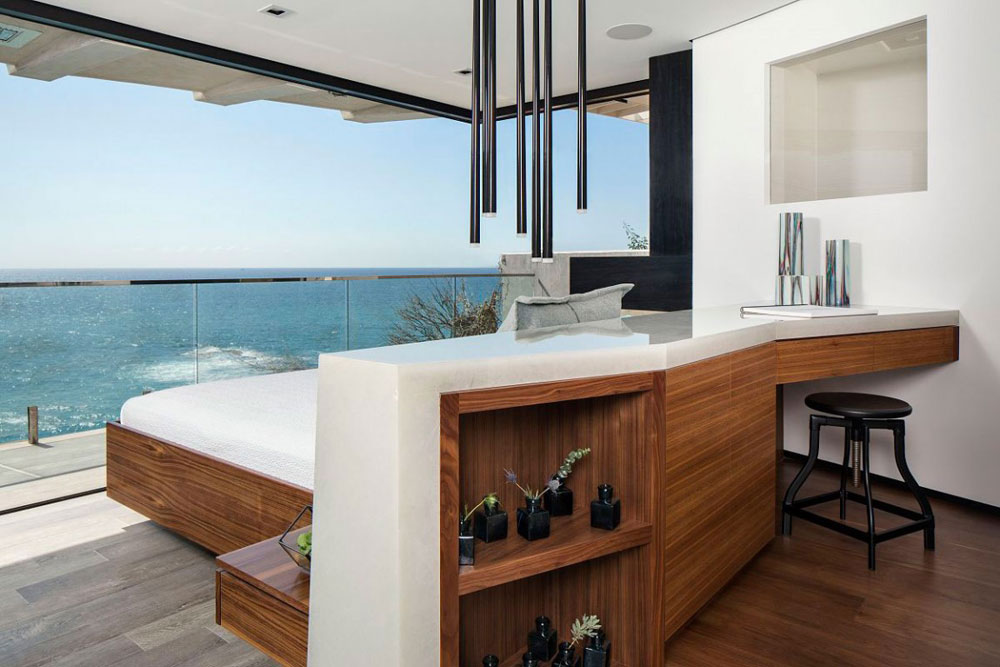 Stunning Laguna Beach Home Designed By Mark Abel And Myca Loar (10)