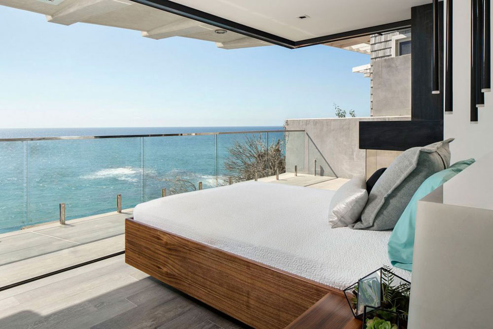 Stunning Laguna Beach Home Designed By Mark Abel And Myca Loar (13)