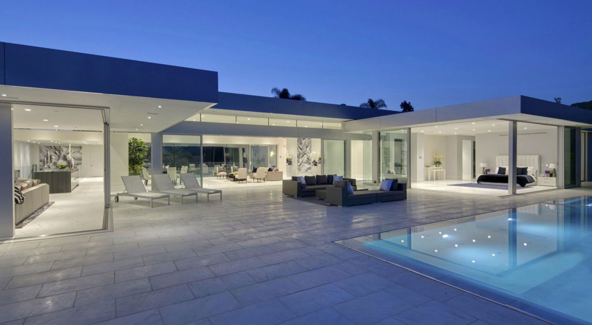 A Wonderful Luxury Contemporary House Designed By McClean Design