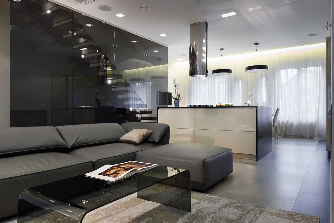 Amazing Renovated Apartment With A Contemporary Look From