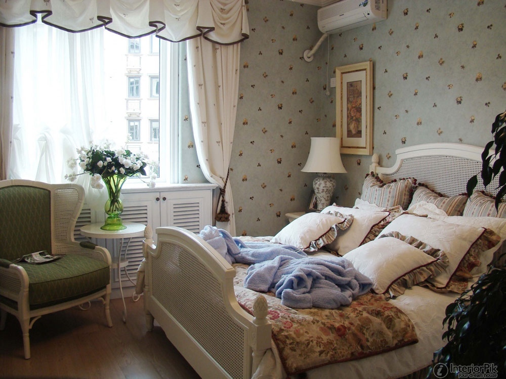 Marvelous English Country Style #7: The-Bedroom-11 The Beauty Of English Country Style Home Decor