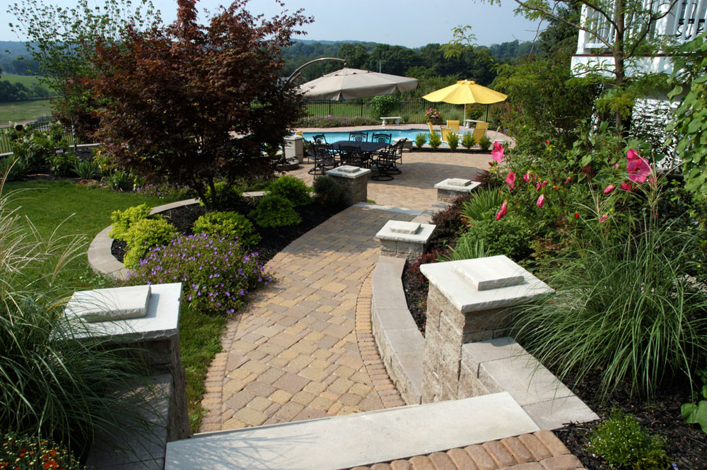 house walkway and patio ideas illustrated with pictures - Patio Walkway Ideas