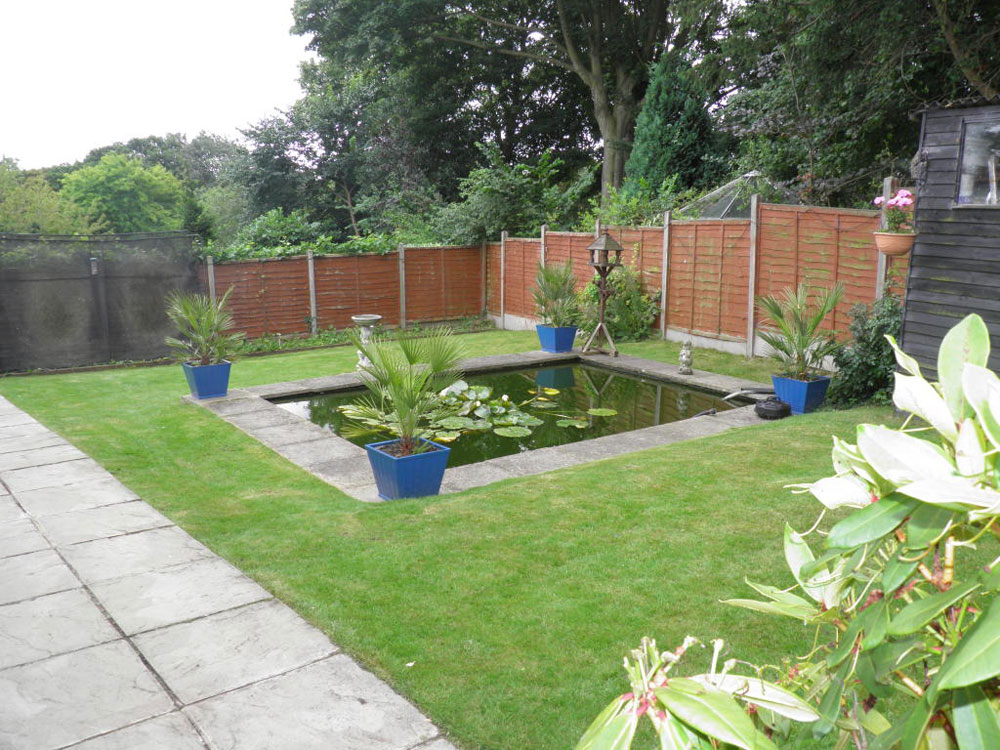 Create A Unique Backyard With These Garden Pond