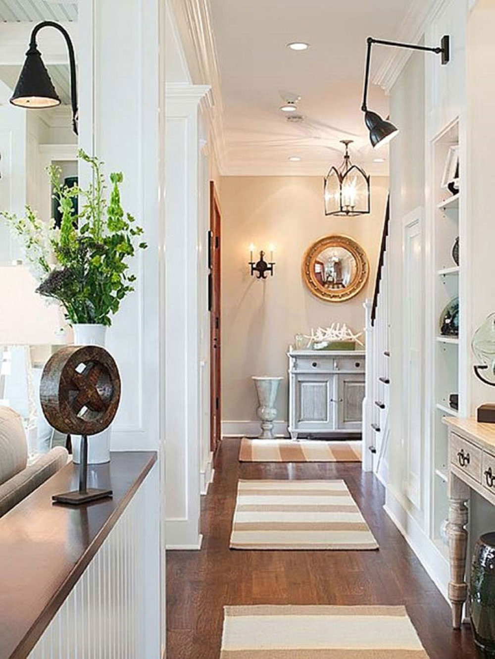 Marvelous Hallway Wall Decorating Ideas For Your Comfy Home