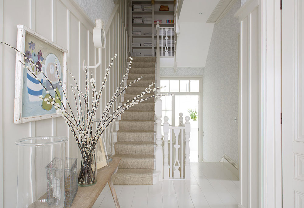 Hallway-Wall-Decorating-Ideas-For-Your-Comfy-Home-