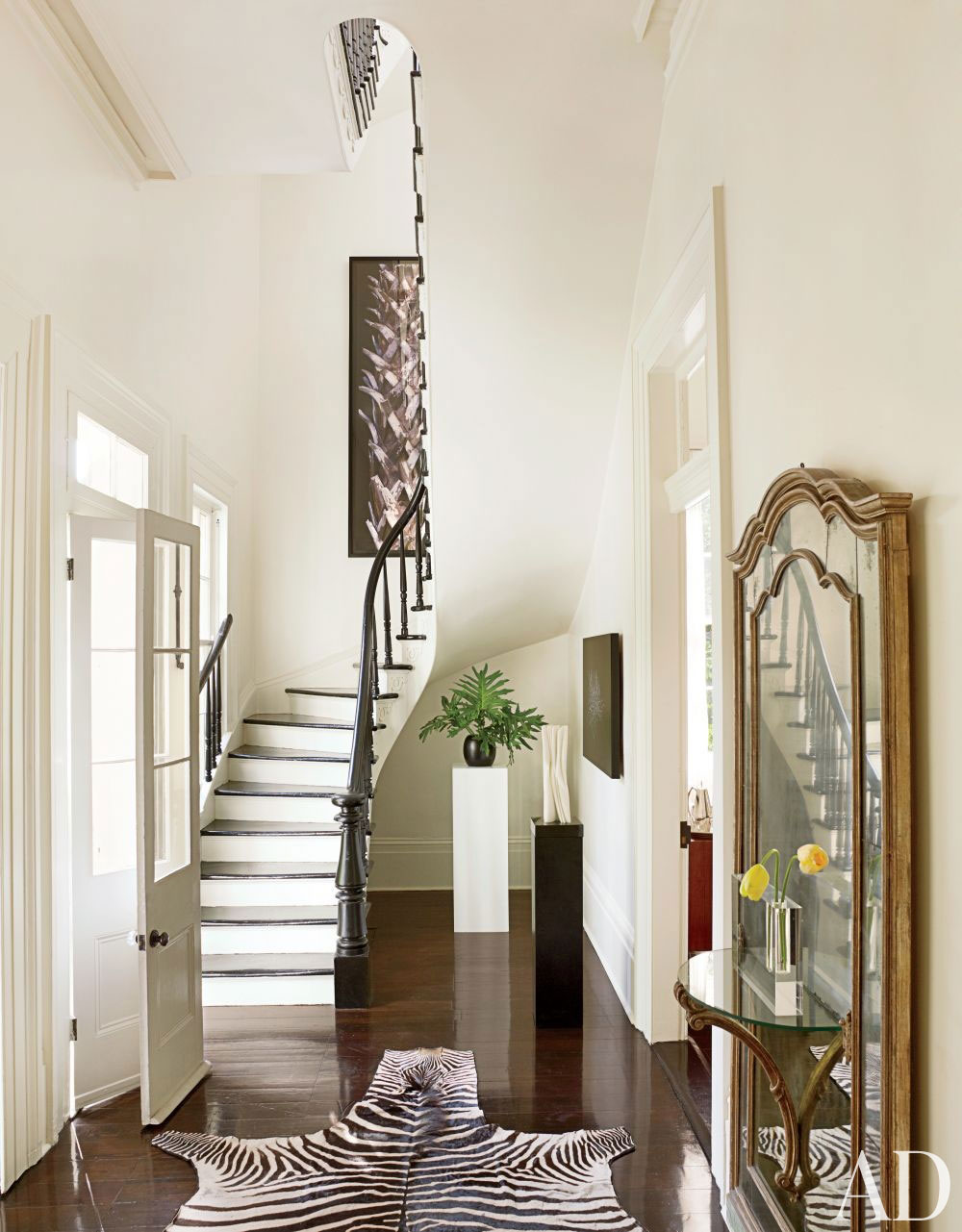 Hallway Decorating Hallway Wall Decorating Ideas For Your Comfy Home
