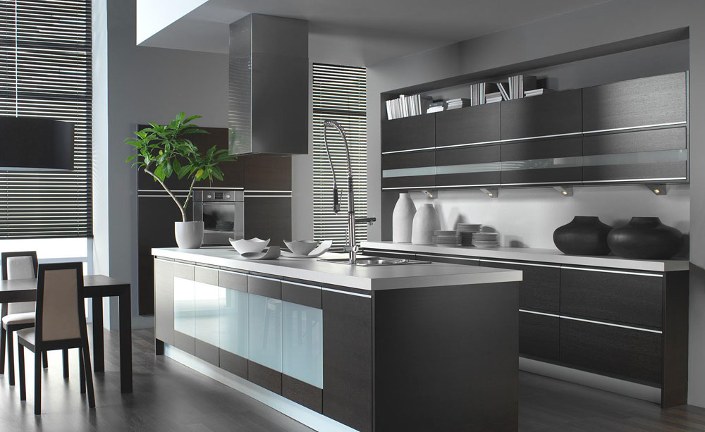 Stylish Grey Kitchen Inspiration For Exquisite Homes - Colours to go with grey kitchen