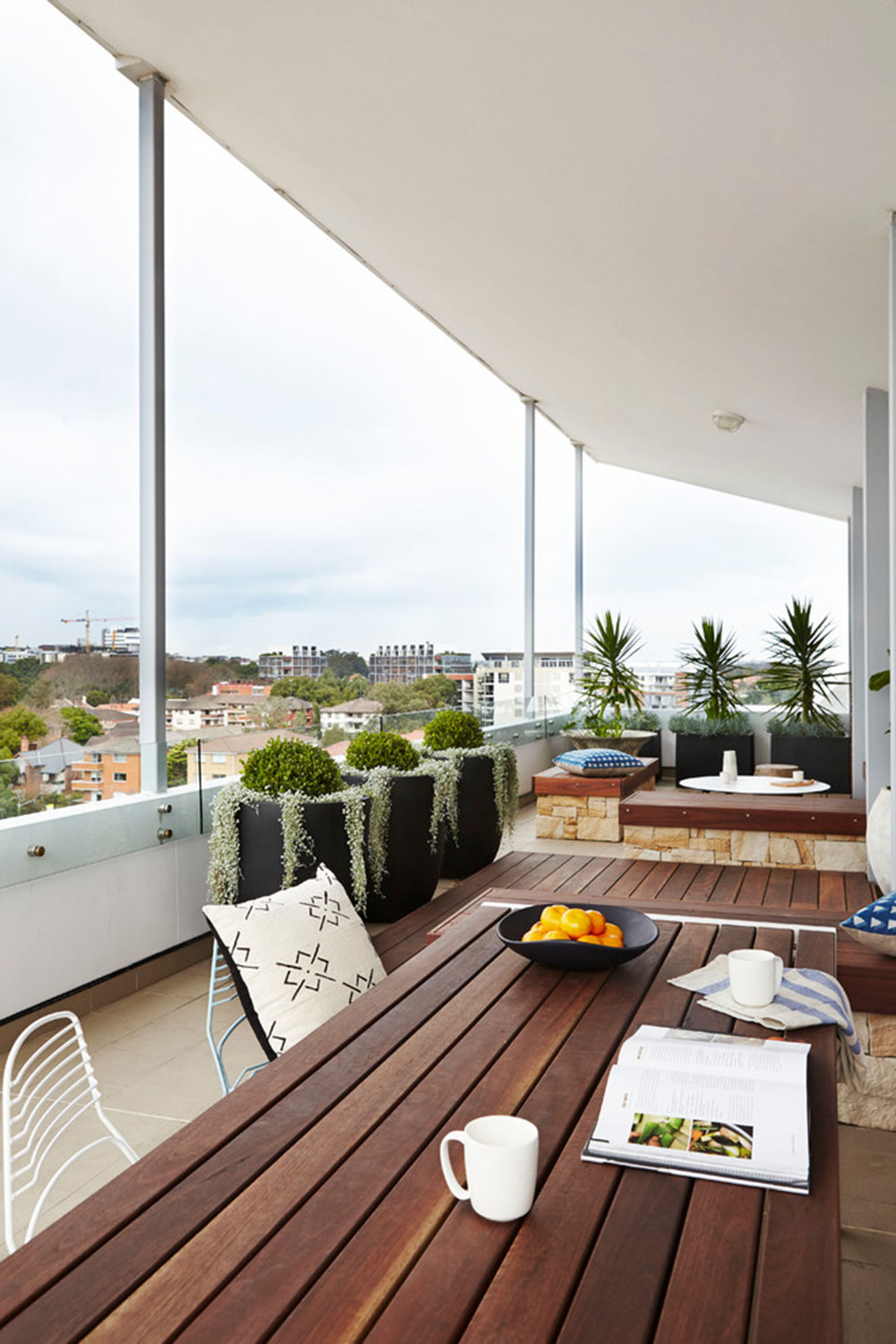 How To Decorate An Apartment Balcony3