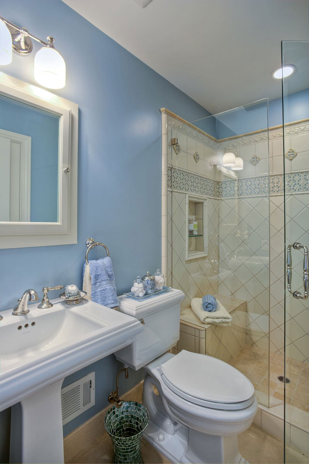 How To Make A Small Bathroom Look Bigger9 How