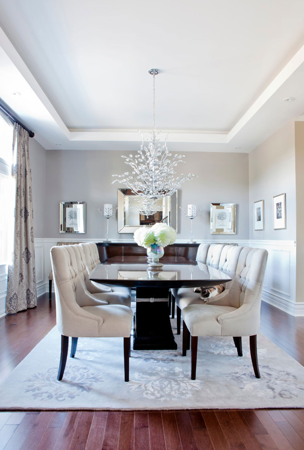how to choose a chandelier for the dining room