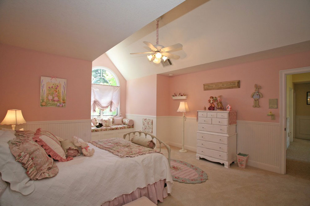 Tips For Decorating A Room With Two Tone Walls