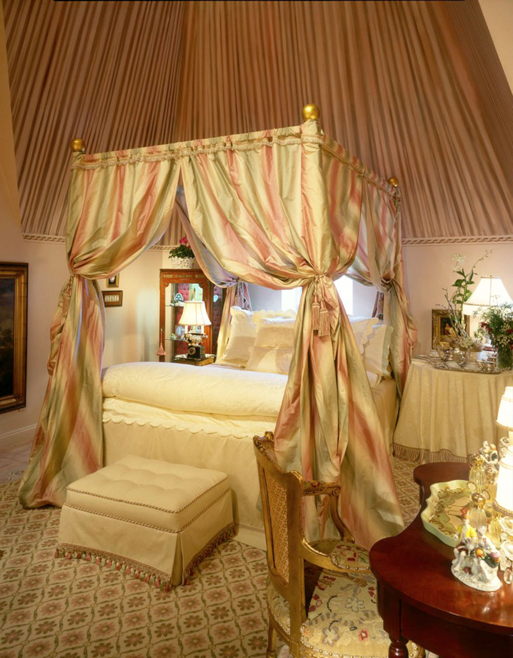 Curtains For Canopy Beds canopy bed ideas that delight your room