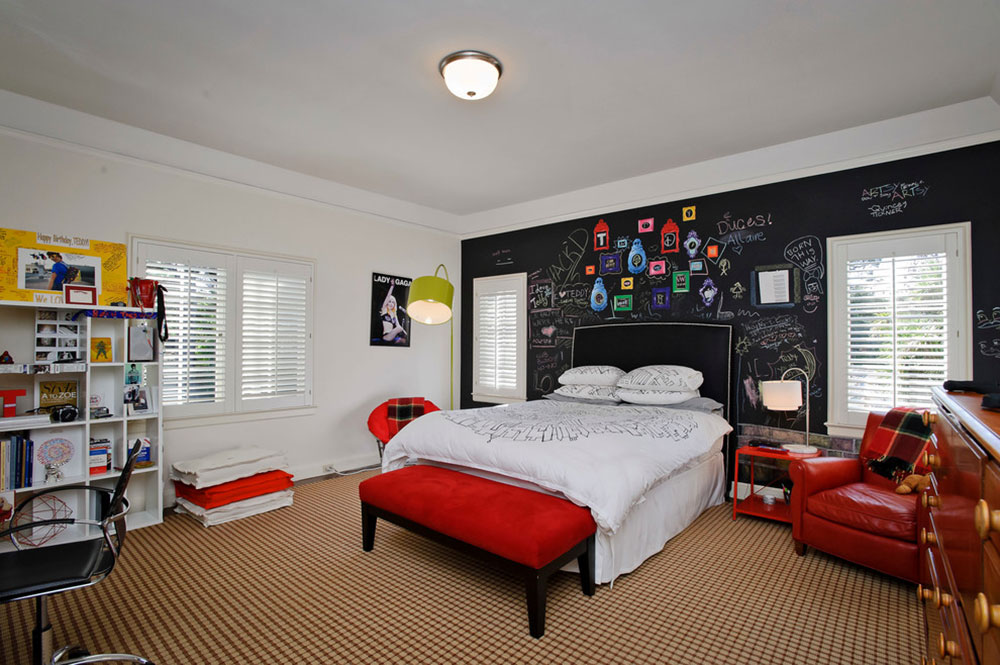 Cool And Cozy Boys Room Paint Ideas10