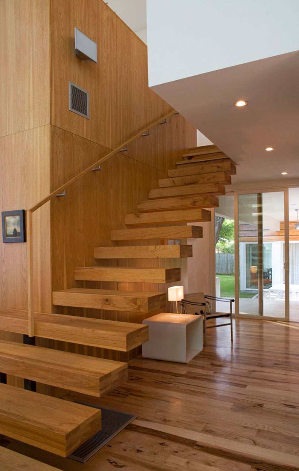Exquisite Staircase Design exquisite floating staircase designs for your dream homes Modern And Exquisite Floating Staircase5 Modern And Exquisite Floating Staircase Designs