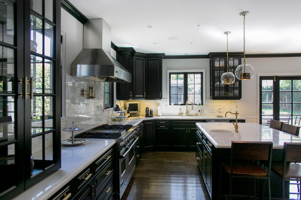 Kitchens With Black Cabinets Can Still Be Bright1 Kitchens