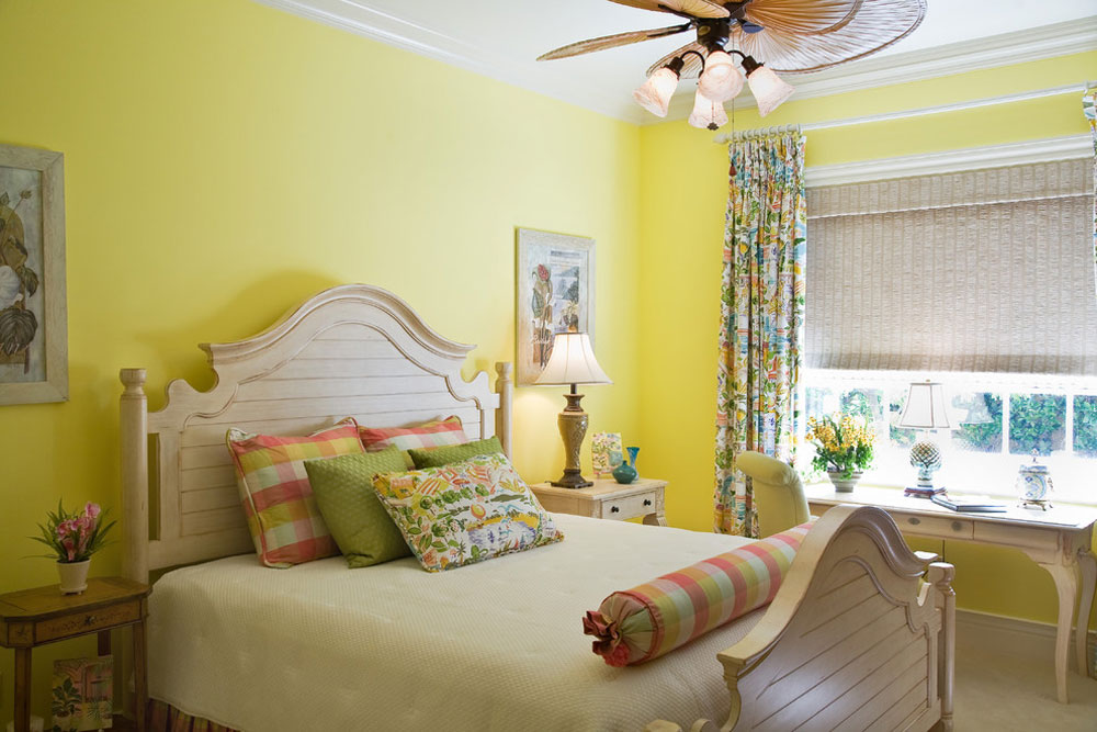 Casa Paralea By JMA INTERIOR DESIGN Yellow Bedroom Design: Ideas