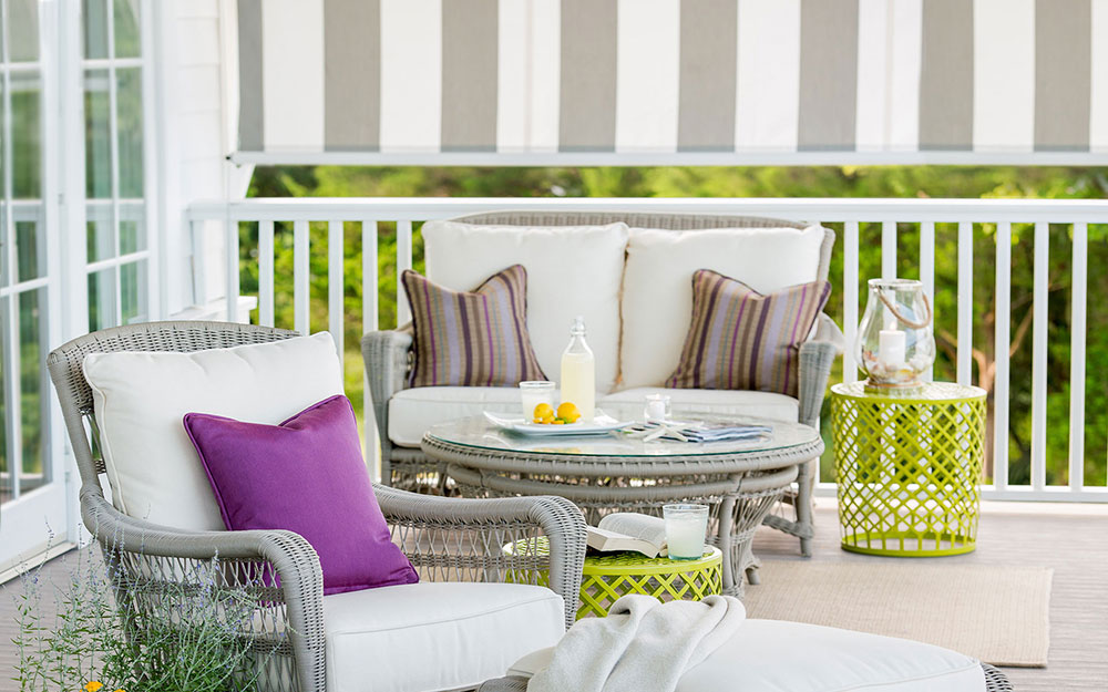 Sunbrella Outdoor Pillows What Is The Best Material For Cushions