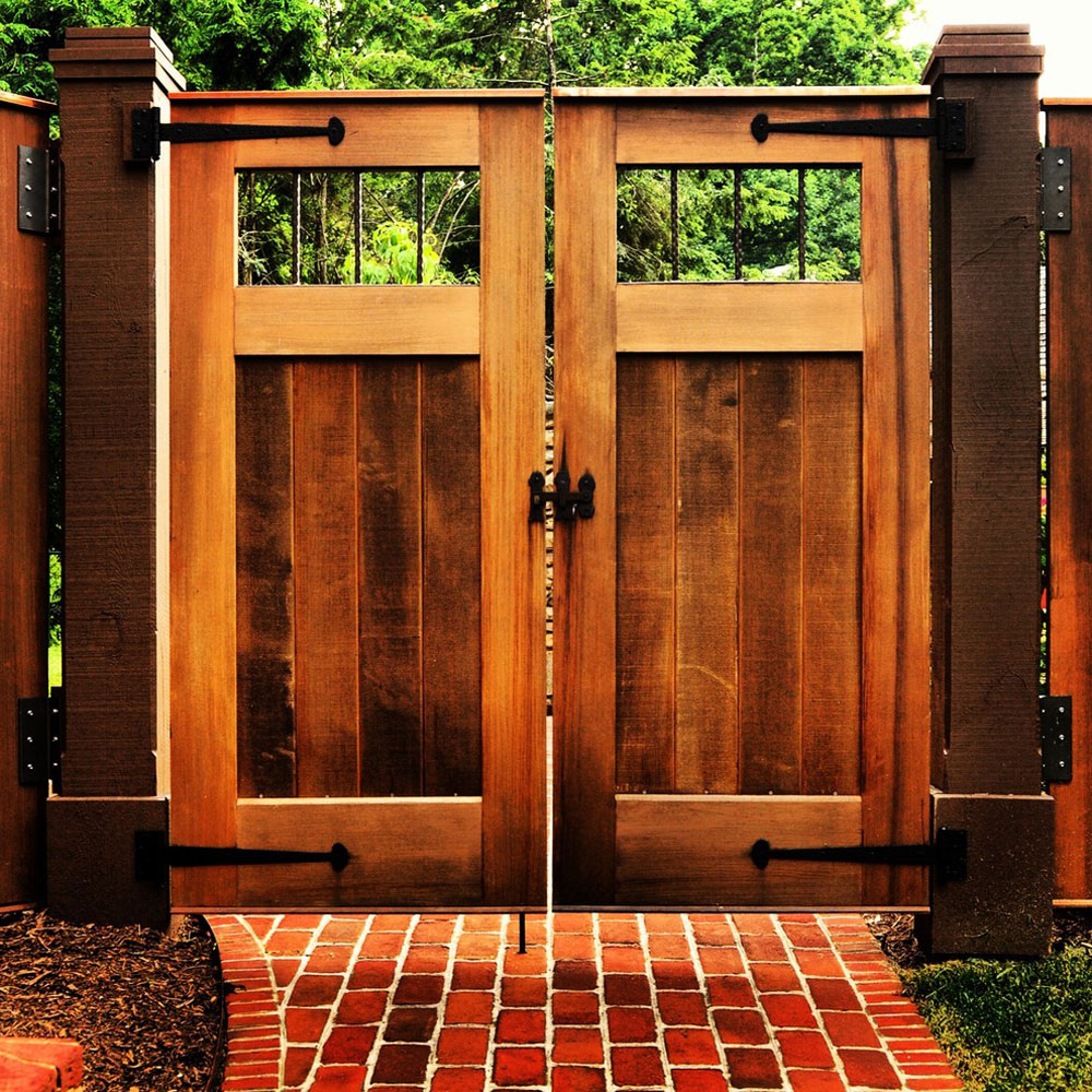 How to build a wooden gate that looks amazing