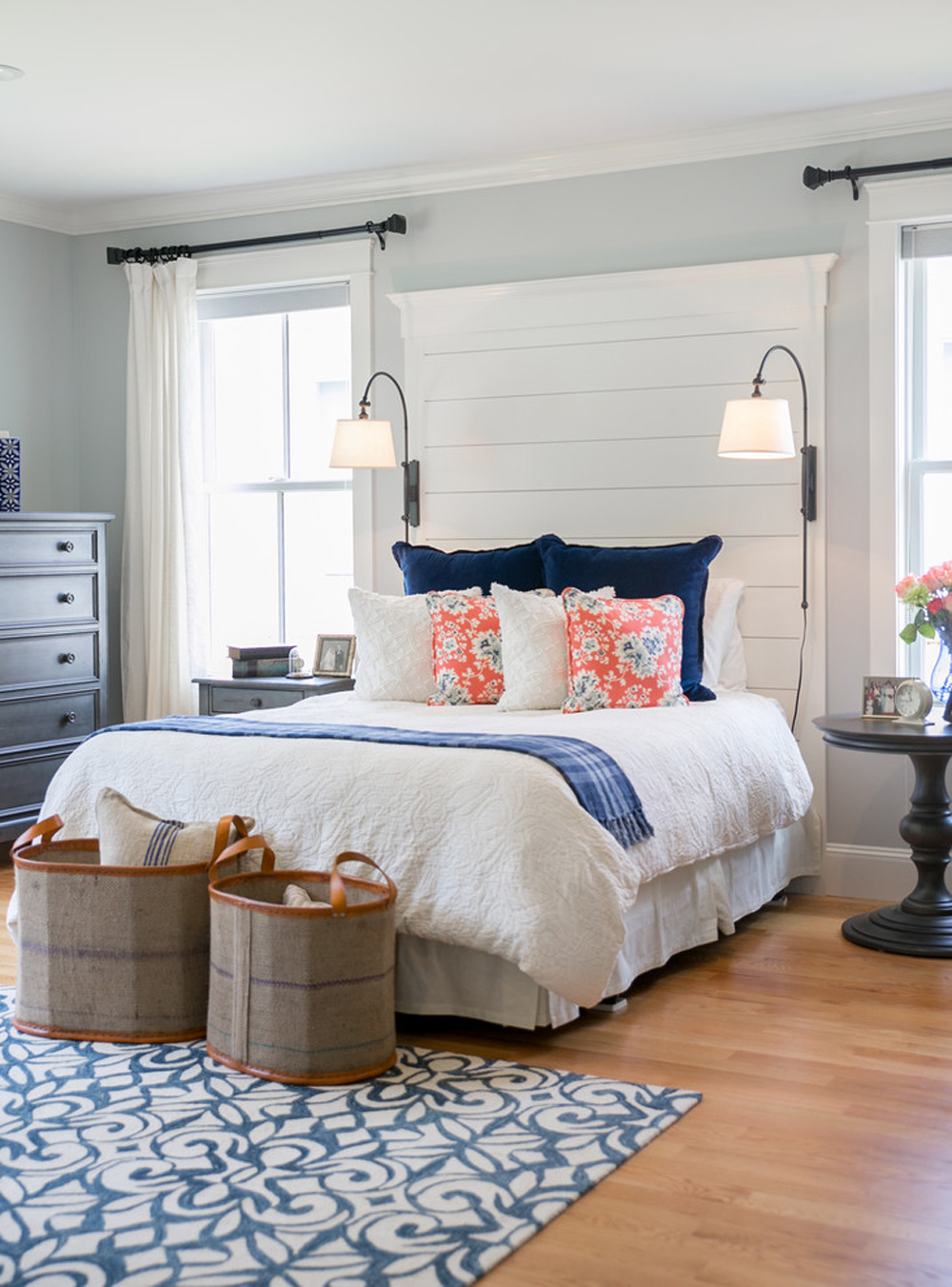 Beach bedroom ideas that look good on a seaside home