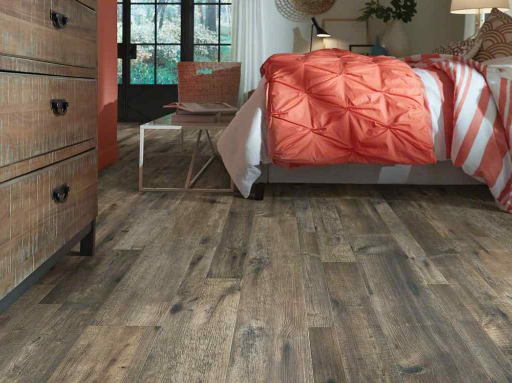 Bedroom flooring ideas and what to put on your bedroom floor