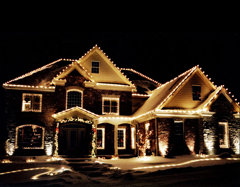 Outdoor Christmas Lights Ideas To Use When Decorating Your House