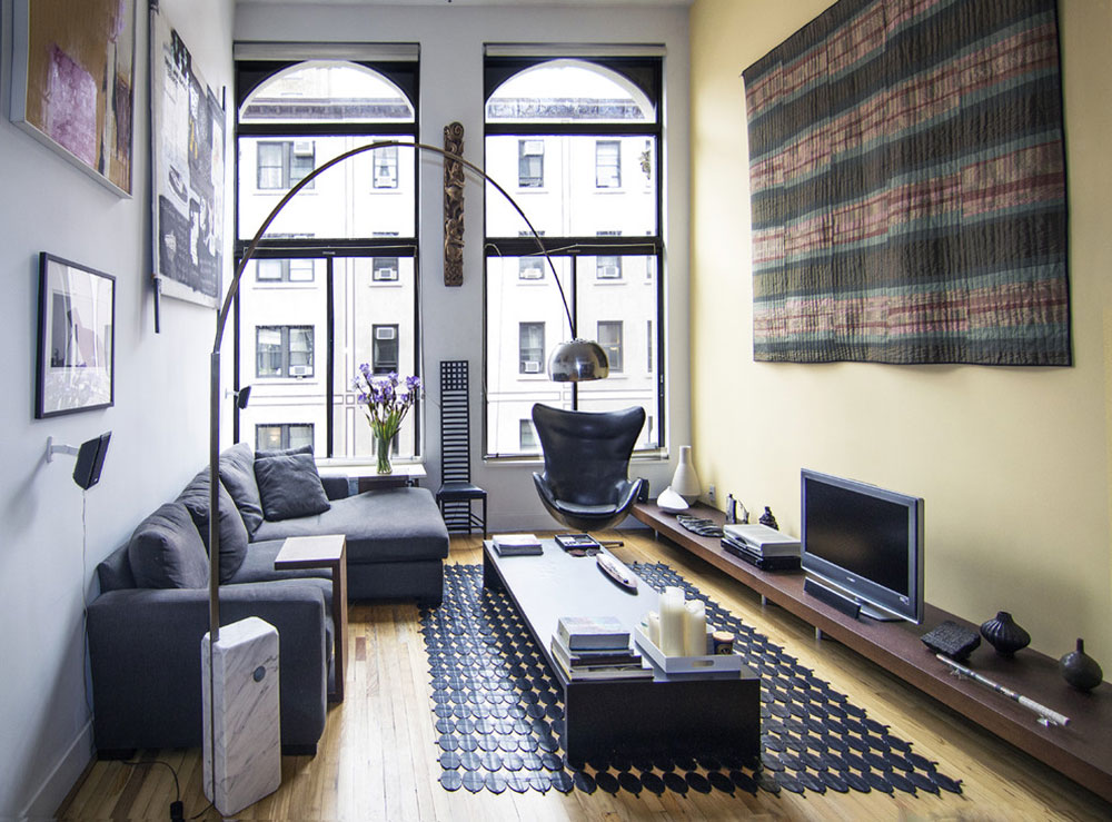 greenwich-village-loft-living-room-by-kimberly-peck-architects Cách đặt một tấm thảm trong phòng khách để nơi này trông tuyệt vời