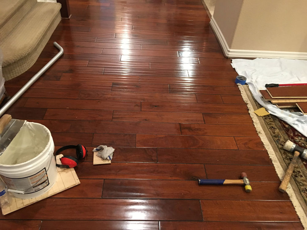 How To Remove Glued Down Laminate Flooring, Remove Glue From Laminate Wood Flooring